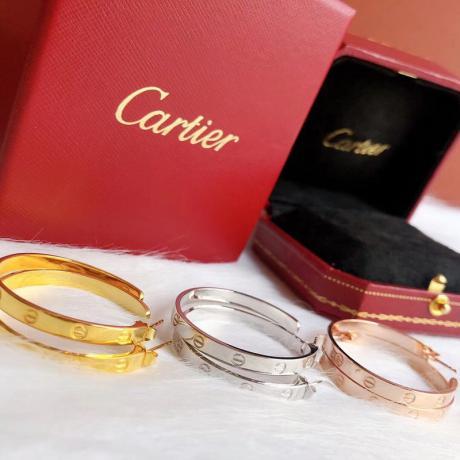 カルティエ Cartier ピアスセール レプリカ販売