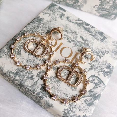 ディオール Dior イヤリング激安販売口コミ