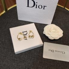 ディオール Dior ピアス値下げ 本当に届くブランドコピーおすすめ店