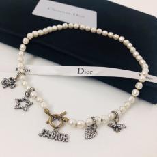 Dior ディオール ネックレスセール価格 本当に届くスーパーコピー代引き後払い届く店