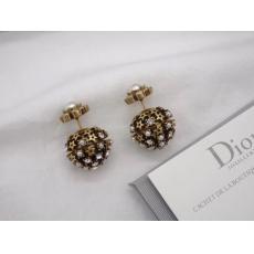 ディオール Dior ピアスセール価格 ブランドコピー代引き