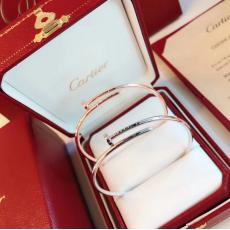 カルティエ Cartier バングルセール価格 本当に届くブランドコピー 口コミ国内安全後払い店