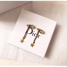 ディオール Dior イヤリング本当に届くスーパーコピー 口コミおすすめ店