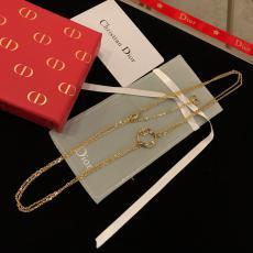 ディオール Dior ネックレスセール価格 ブランドコピー販売口コミ代引き後払い国内発送優良店