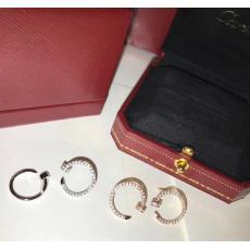 カルティエ Cartier ピアススーパーコピー代引き国内安全後払い優良サイト