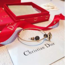 ディオール Dior イヤリングレプリカ 代引き