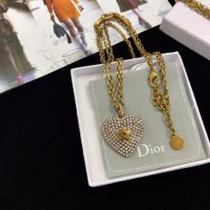 おすすめ Dior ディオール ネックレスセール価格 本当に届くブランドコピー店 国内発送line