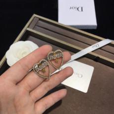 Dior ディオール ピアス値下げ 本当に届くスーパーコピー国内安全店