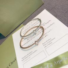 Cartier カルティエ バングル激安販売口コミ