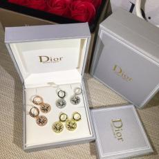 ブランド可能 Dior ディオール ピアス3色スーパーコピーブランド代引き