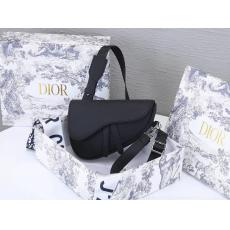 即発注目度NO.8 Dior ディオール 斜めがけショルダーバッグ本当に届くスーパーコピー国内安全店