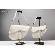 ディオール Dior トートバッグ斜めがけ本当に届くブランドコピー 口コミ店