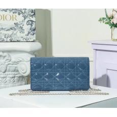 人気商品 ディオール Dior 斜めがけ格安コピーバッグ口コミ