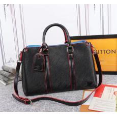 累積売上額TOP5 LOUIS VUITTON ルイヴィトン エピショルダーバッグブランドバッグ通販