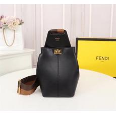 FENDI フェンディ 斜めがけ特価 最高品質コピーバッグ