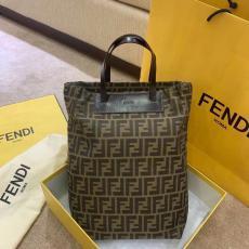 累積売上額第1位獲得 FENDI フェンディ トートバッグ本当に届くブランドコピー国内安全後払い代引きサイトline