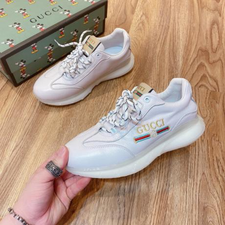 即完売必至【追跡付】 GUCCI グッチ 2色カジュアルシューズ運動靴メンズシンプルおしゃれスニーカーレプリカ販売靴