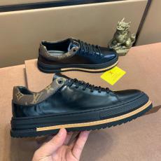 LOUIS VUITTON ヴィトン 2色おしゃれ紳士メンズカジュアルシューズ防滑通勤 外出コピーブランド激安販売靴専門店
