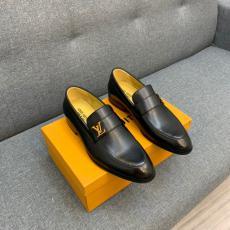 新作入手困難 LOUIS VUITTON ルイヴィトン 革靴ビジネスシューズ紳士おしゃれ牛革通勤 外出ブランドコピー代引き安全優良サイト
