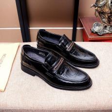 ブランド販売 ヴィトン LOUIS VUITTON  ロングノーズ通勤 革靴紳士メンズ4色セール ブランドコピー販売口コミ店