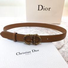 Dior ディオール 両面細部品質高牛革定番4色幅2.5cmレプリカ販売ベルト買ってみた